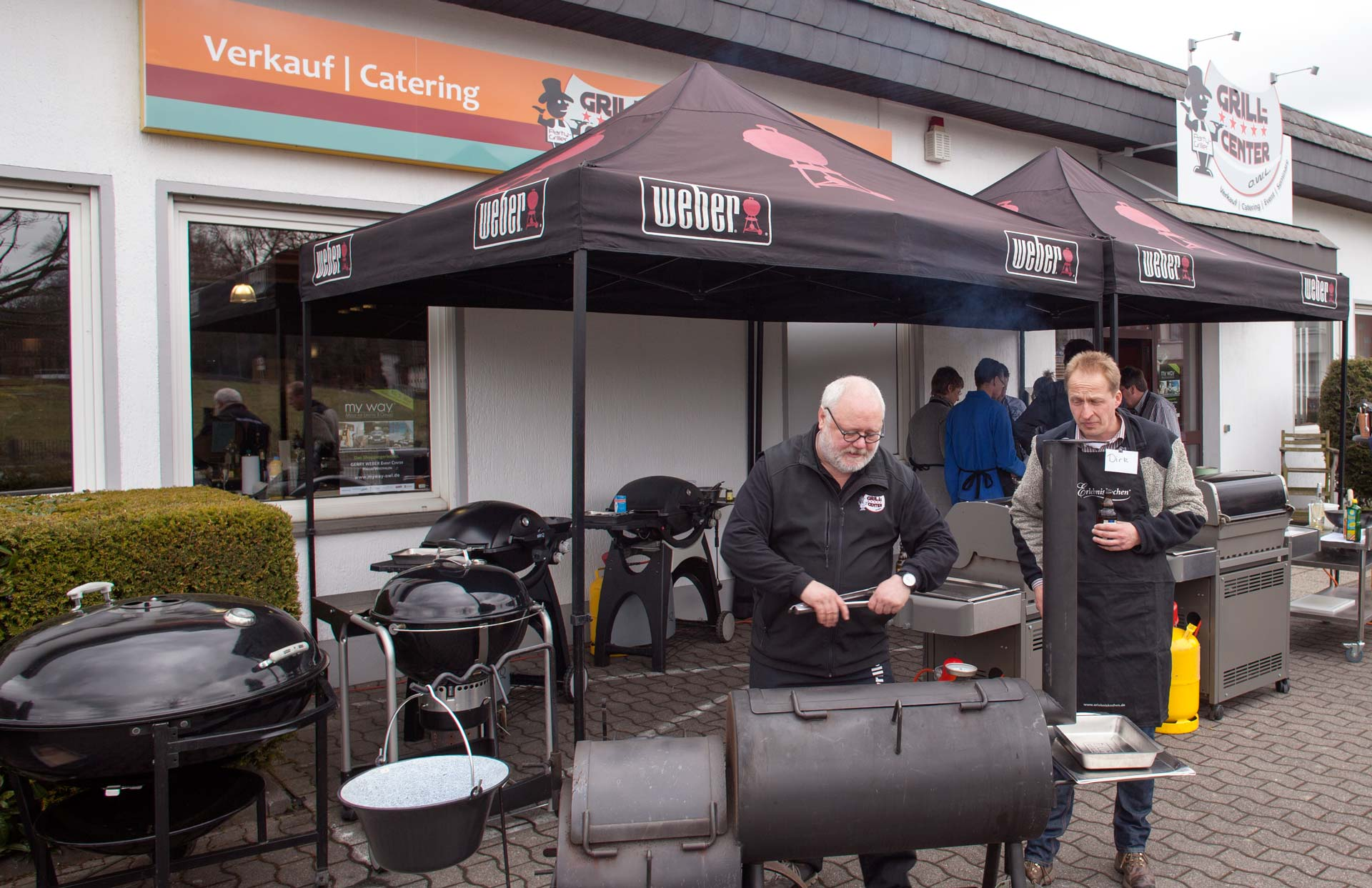 grill shop bielefeld kleinster mobiler gasgrill. Black Bedroom Furniture Sets. Home Design Ideas